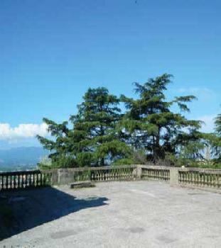 Открытая терраса с панорамой на окрестности