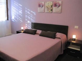 Зефирная спальня с ванной комнатой в великолепном B&B в самом сердце Пескары