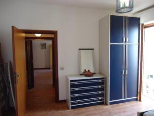 Двухкомнатная квартира с гаражем в г. Альба Адриатика Италия