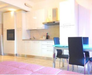 Продается квартира в районе площади Лорето в Милане