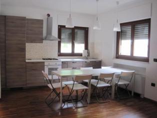 Für eine große Wohnung in Pescara Italien